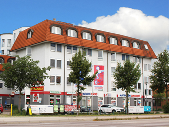 Office & retail<br /> building, Brandenburg a.d.H.